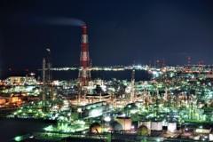 煌めく工場夜景