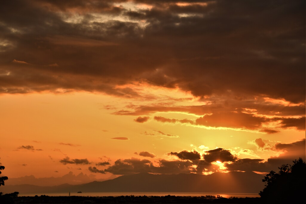 琵琶湖 遠望の夕景