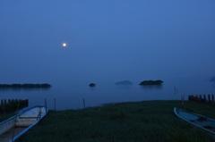 皐月湖北月景2