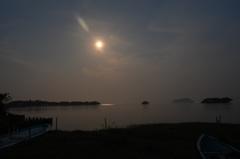 皐月湖北月景3