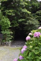 堅田神社 入り口