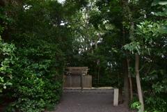 宇須乃野神社・県神社