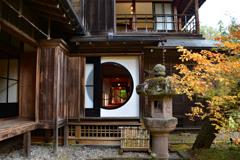 田保沢御用邸の丸窓
