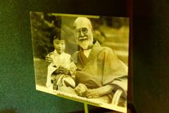 暗殺された部屋にて 高橋是清と孫娘 (江戸東京たてもの園 センターゾーン)