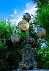 皇居正門石橋飾電燈  (江戸東京たてもの園 東ゾーン)