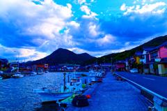 玉江漁港と冬空 (山口県 萩市)