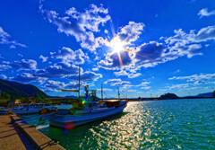 光芒と奈古漁港 (山口県 阿武町 )
