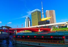 屋形船とスカイツリー (隅田川)