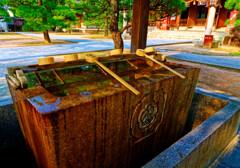 松陰神社の手水舎に卍 (山口県萩市)
