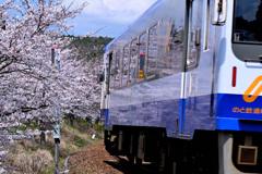 能登鉄道里山を行く