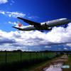 秋雲と飛行機