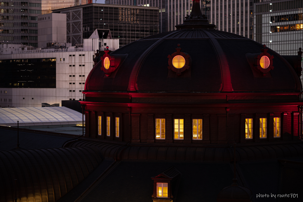 赤い東京駅舎