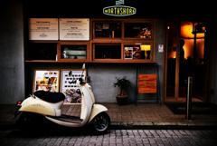 Cafe Racer.