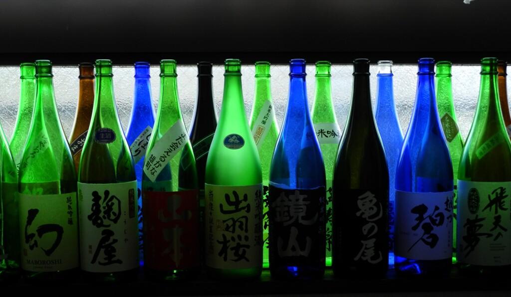 """酒は人生の""""喜怒哀楽""""に伴う。"""