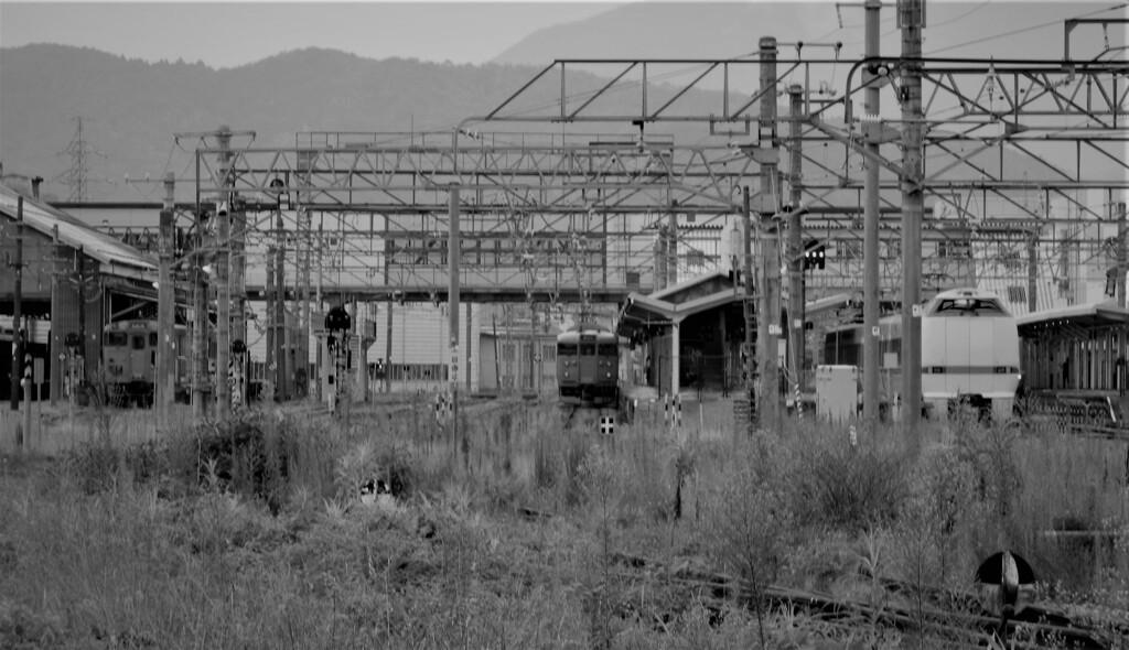 始発駅舎 (昭和94年)。