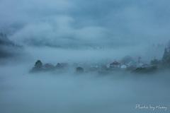 白霧の集落