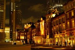 東京駅夜景手持ちJPEG撮って出し
