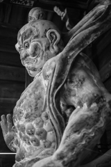 櫟野寺仁王像(滋賀県甲賀市)