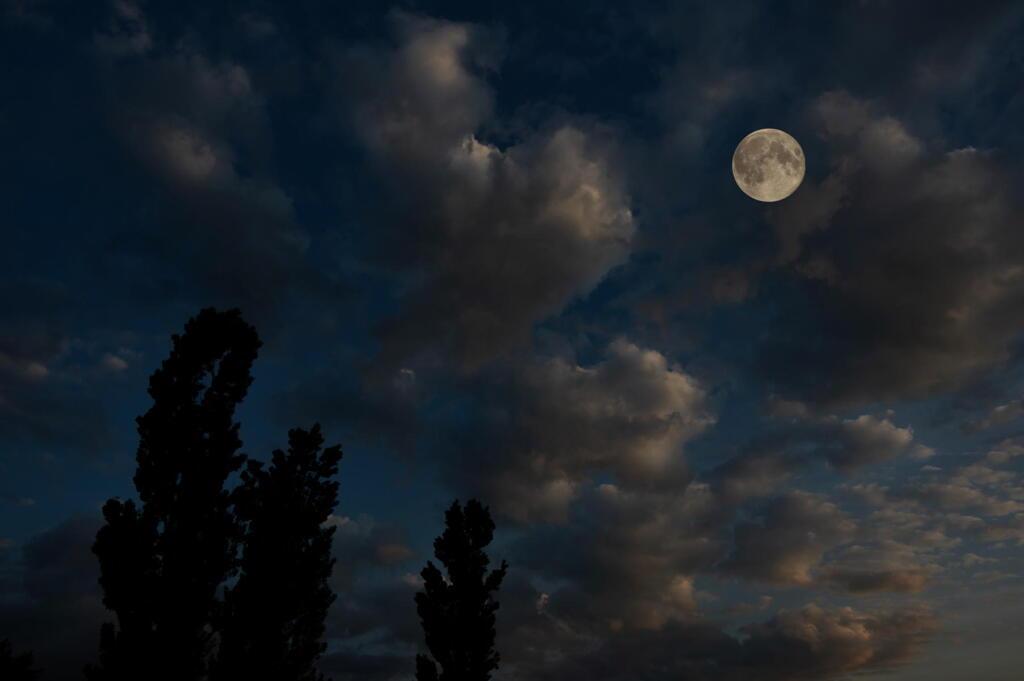 夜景 美瑛 新栄の丘