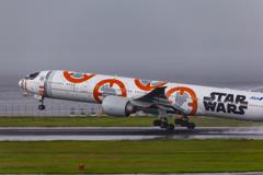 雨の羽田空港4