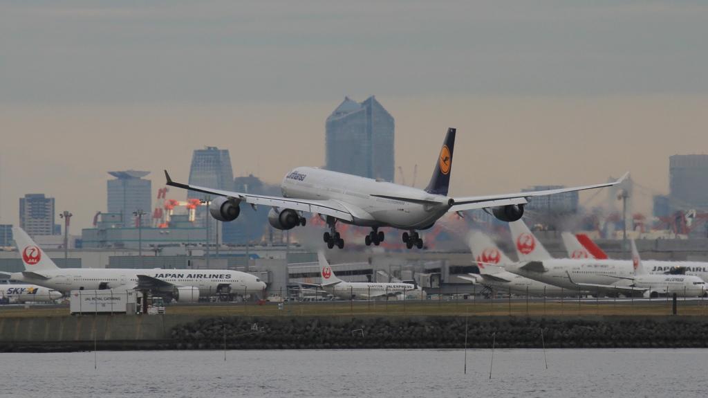 ルフトハンザ機着陸直前