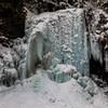 冬の善五郎の滝