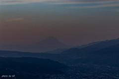 夜明けの霞富士