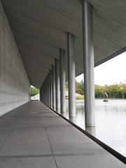 水辺の美術館