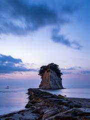 見附島の朝景