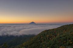 夜明けと富士