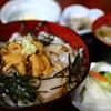 ウニ・ホタテ丼