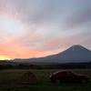 朝焼けと富士山