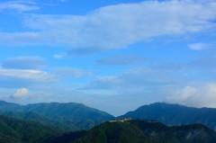 雲海が晴れて