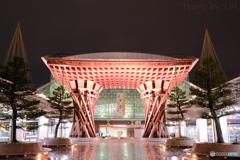 金沢駅の鼓門1