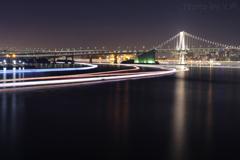 東京湾にかかる光線2
