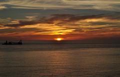 神津島 前浜海岸からの夕日 その2