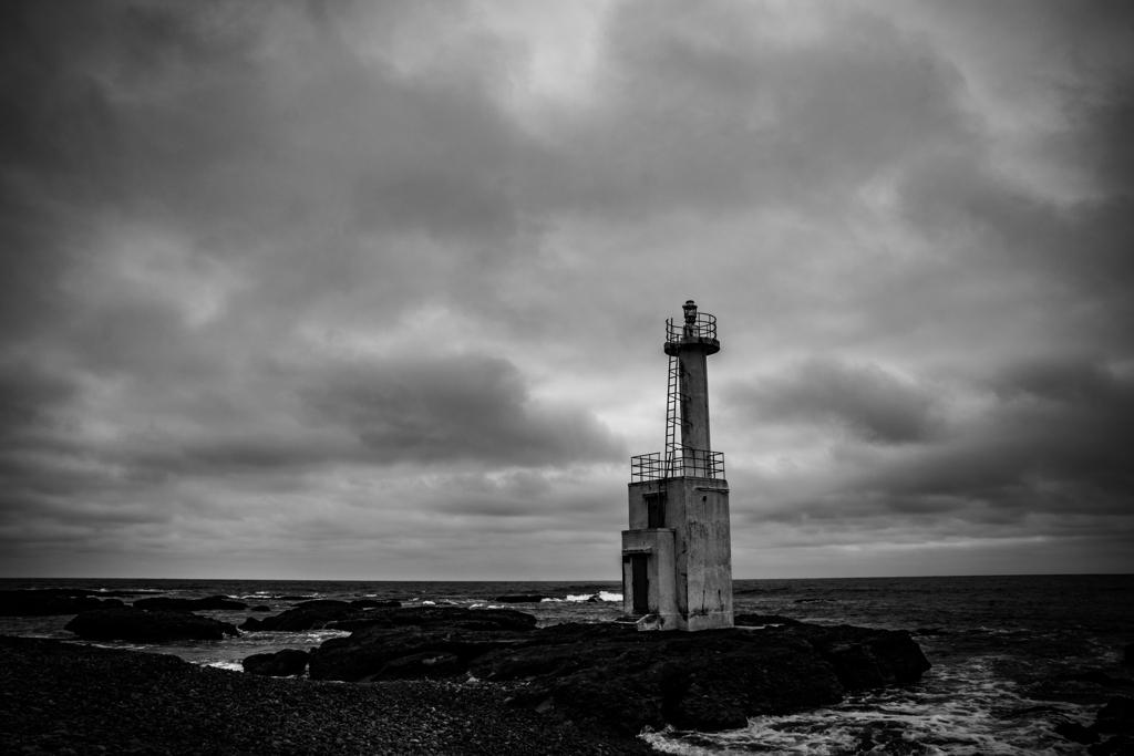 孤独な灯台