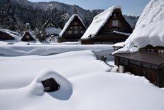 豪雪地の晴れ顔