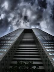 街角点描 -暗雲2-