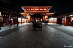 それぞれの浅草寺