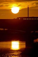 いつもの鉄橋の夕景 2