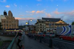四条大橋の夕暮れ 東側