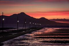 海床路の夕映え