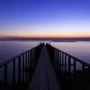 薄明の桟橋