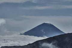 仙丈ヶ岳から富士山を眺める
