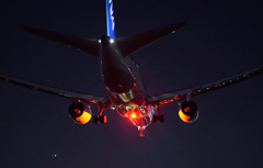 Night Arrival B787