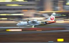 ATR-42コウノトリ出発