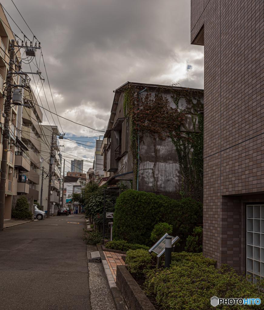 新旧交差する街 1