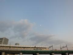 東武50050系と月をバック