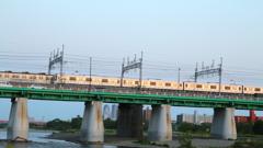 東急6020系 ほぼサイド